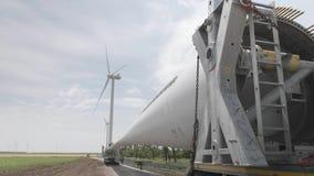 Transportblätter für Windgeneratoren stock video