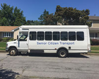 Transportbus des älteren Bürgers stockbilder