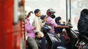 Transporte com o velomotor na Índia Fotografia de Stock