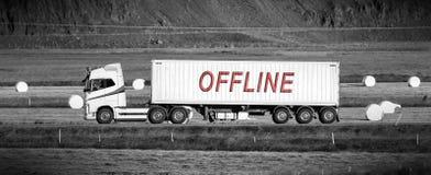 Transporte a condução com uma área rural - off line imagem de stock royalty free