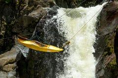 Transporte da corda do caiaque Imagem de Stock Royalty Free