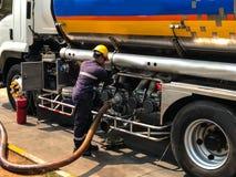 Transporte de los productos petrolíferos Fotografía de archivo libre de regalías