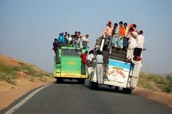 Transporte de omnibus en la India Foto de archivo libre de regalías