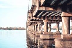 Transporte del puente Fotos de archivo libres de regalías