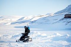 Transporte del Snowmobile Fotos de archivo libres de regalías