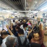Transporte Jakarta de la hora laborable @KRL imagen de archivo