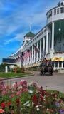 Transporte no hotel grande Imagem de Stock Royalty Free