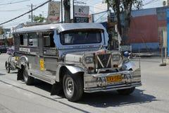 Transporte público en la ciudad de Ángeles, Filipinas fotos de archivo