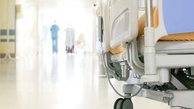 Transporte paciente en hospital almacen de metraje de vídeo