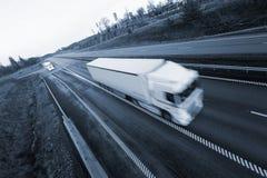Transporte por caminhão na velocidade cheia Foto de Stock