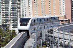 Transporte: Tren del monorrail Foto de archivo libre de regalías