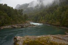 Transporter la rivière par radeau du Patagonia image stock