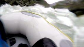 Transporter par radeau en Norvège banque de vidéos