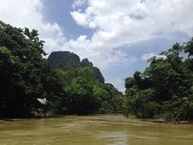 Transporter par radeau en Thaïlande image stock