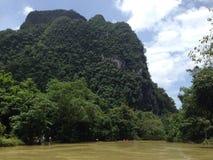 Transporter par radeau en Thaïlande photos stock