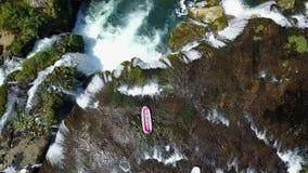 Transporter sur par radeau la rivière Una Photographie stock libre de droits