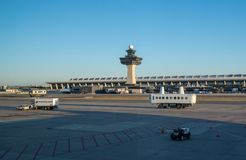 Transporteur de personnes à l'aéroport de Dulles en dehors du Washington DC Photographie stock