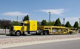 Transporteur de véhicule photo stock
