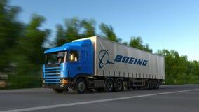 Transportez semi le camion avec le logo de Boeing Company conduisant le long du chemin forestier Rendu 3D éditorial Photo stock