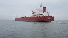 Transportez-vous avec la cargaison sur le canal de Kiel, Allemagne Photographie stock
