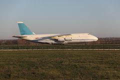 Transportflugzeug Stockbild
