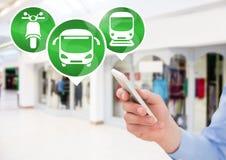 Transportikonen und -hand, die Telefon halten Lizenzfreie Stockfotos