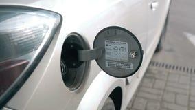 Transportu i posiadania pojęcie - obsługuje pompować benzyny paliwo w samochodzie przy benzynową stacją zbiory