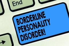 Transtorno de personalidade da fronteira da exibição do sinal do texto Transtorno mental conceptual da foto marcado pelo teclado  imagem de stock