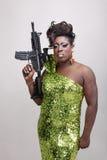 Transvestit med trycksprutan Royaltyfri Foto