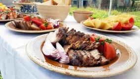 Transylvanian传统食物盘 免版税库存图片