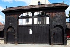 Transylvanian talló la puerta Imagenes de archivo