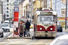 Tranvía checa de Praga Fotos de archivo libres de regalías