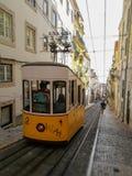 Tranvía de la ciudad imagenes de archivo