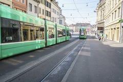 Tranvía en Basilea, Suiza Fotos de archivo