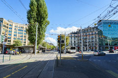 Tranvía en Ginebra, Suiza fotos de archivo
