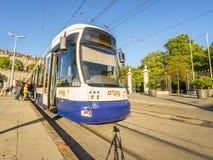 Tranvía en Ginebra, Suiza - HDR imágenes de archivo libres de regalías