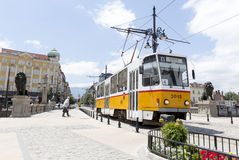 Tranvía en Sofía, Bulgaria Foto de archivo