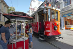 Tranvía en Taksim, Estambul, Turquía Fotos de archivo libres de regalías