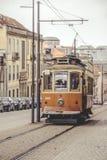 Tranvía urbana, Oporto Portugal Imagen de archivo