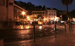 Tranvías de Lisboa en la noche Foto de archivo