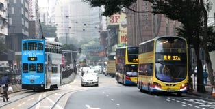 Tranvías del autobús de dos pisos en Hong Kong Fotos de archivo libres de regalías