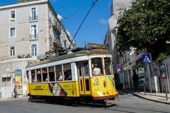 Tranvías en la ciudad Lisboa, Portugal Imágenes de archivo libres de regalías
