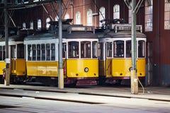 Tranvías históricas en Lisboa Foto de archivo