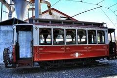 Tranvías viejas del vintage en Lisboa Imágenes de archivo libres de regalías