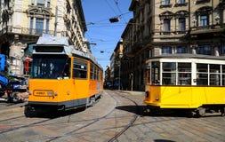 Tranvías viejas típicas de Milano Fotografía de archivo