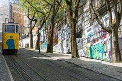 Tranvía amarilla de Lisboa Imagen de archivo