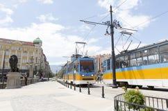 Tranvías en Sofía, Bulgaria Imagenes de archivo