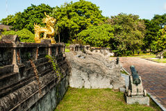 Trap in binnenplaats in Hue Imperial Palace stock fotografie