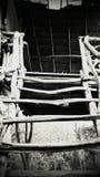 Trap in Spookbungalow in Wildernis van Thailand royalty-vrije stock fotografie