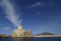 55/5000 Trapan Sicilia, panorama con el ` y el erice del colombaia del ` Fotos de archivo libres de regalías